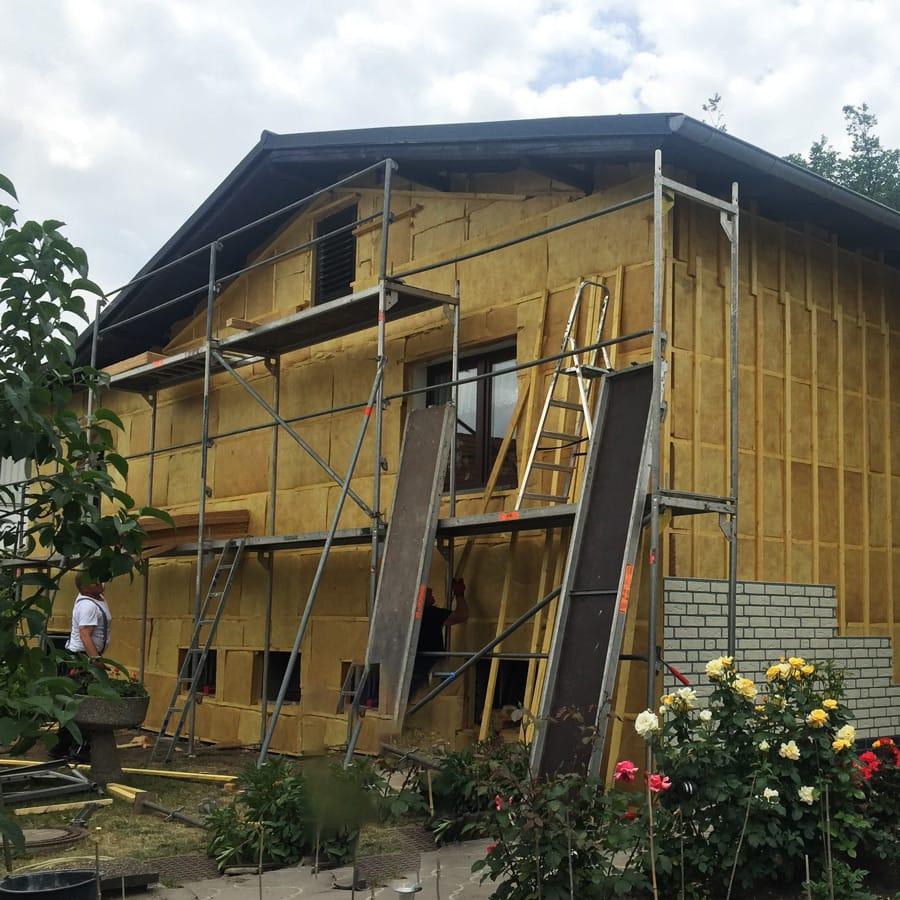 Unterkonstruktion und Wärmedämmung einer  Vorgehängten Fassade von PROFATEC®